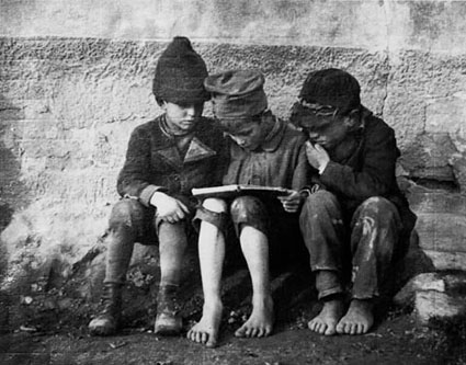 la lecture, Esztergom, Hongrie- 1915
